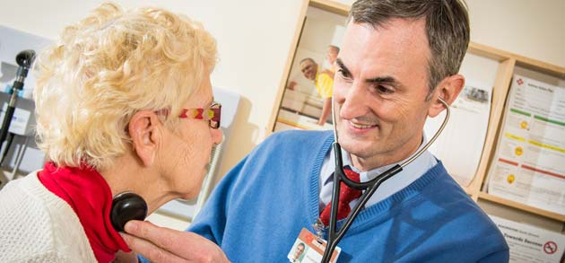 vascular services consultant seeing patient